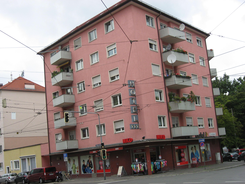 Nürnberg, Mehrfamilienwohnhaus, 15 WE